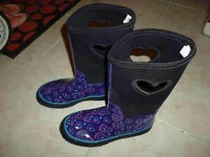 Weather Spirits Water Boots Size 4 for 10-11 years old girl