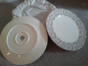 Charger Plates set of 8 London Ontario image 2