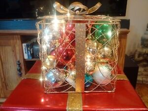 metal present with battery operated lights Wedding or party Cambridge Kitchener Area image 2