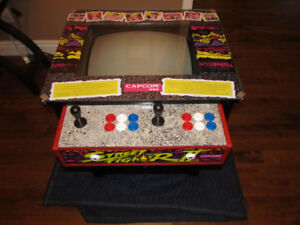 Street Fighter II Cocktail Arcade with 750 Games