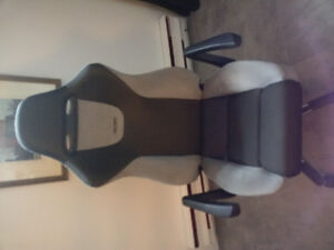 Almost new recaro car seat office chair best of Germany and USA