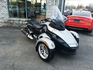 CAN AM SPYDER RS ROTAX 990 2010 SEULEMENT 13793KM