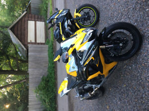 Yellow and black GSXR