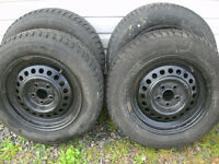 *****195/65/15 tires on rims 5x100mm 75-80% tread******