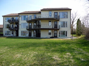 POWERVIEW- 2 BED 1 BATH 3RD LEVEL RIVERFRONT CONDO