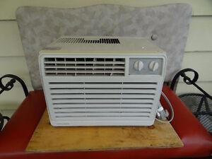 Window model Air conditioner