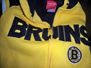 BOSTON BRUINS HOODIE SIZE S/P EXCELLENT CONDITION