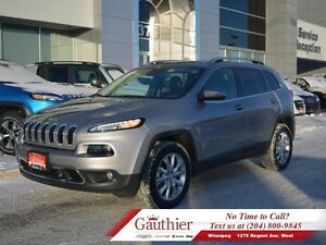 2016 Jeep Cherokee Limited V6 4X4 w/Panoramic Sunroof *ONLY 4700