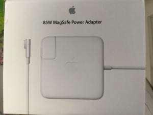 Apple 85 W Magsafe power Adapter MacBook Pro