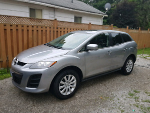 2011 Mazda Cx-7 GX Leather, sunroof, only 108k Km's.
