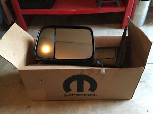 Dodge Ram 1500 Drivers side heated Mirror