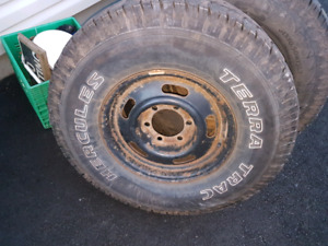 2006 chev colorado rims 31 10.5 15 tires