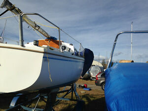 "Catalina 22"" Sailboat"