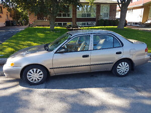 2000 Toyota Corolla VE Sedan only 999.99