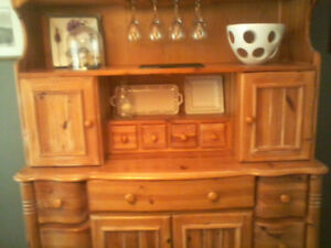Beautiful Antique Knotty Pine Dinning Room Set