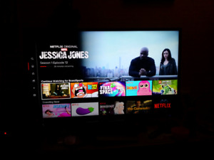 Fluid 39 Inch LED TV - Great Condition