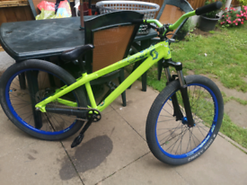 Upgraded scott voltage dirt jump bike hope parts optional
