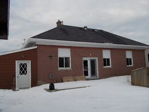 Port Elgin - 3 Bdrm Bungalow - Available All Year Round