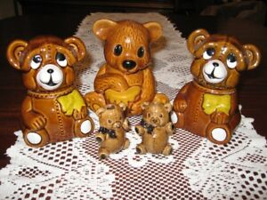 SET OF 3 HONEY BEARS & 2 SMALL CANDLE BEARS