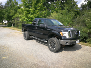 2010 ford F150 *LIFTED*