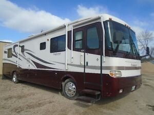 2001 40' HOLIDAY RAMBLER ENDEAVOUR MOTORHOME