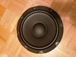 Haut-parleur 10 pouces provenant d'un JBL PowerBass PB10