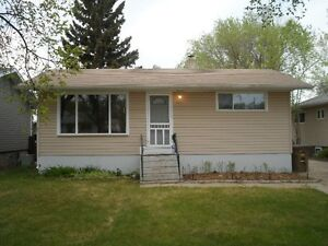 Great revenue or starter home in Melfort!
