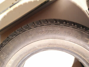 205 75 R15 Cooper Weather Master S/T2 Winter Tires