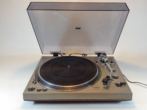 Technics SL-1300 Direct Drive Turntable Record Player w Pitch