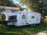 Rockwood Roo Hybird Camper with Slide Out