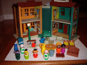 FISHER PRICE TOY SESAME STREET