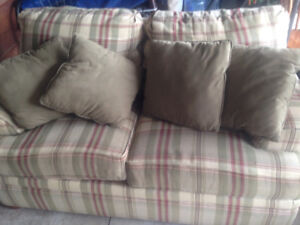 Plaid love seat and cushions