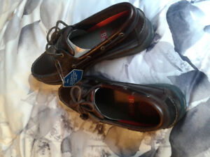 Bass boat shoes New 10