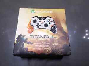 Limited Edition Xbox one controller  (Titanfall)