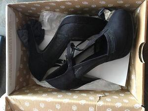 Women's Heels Never Worn