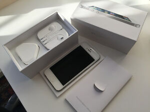 Unlocked iPhone 5, 16GB