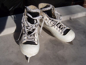Size 9 1/2 CCM Pump Used Goalie Skates Windsor Region Ontario image 3
