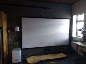 135 inch projector screen