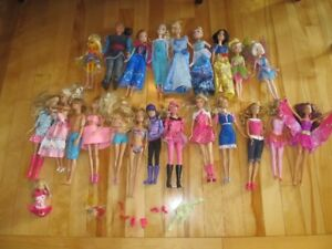 Lot of Princess and Barbie Dolls
