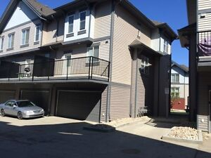 ForRent New Home in Ellerslie edmonton / double heated gararge!!
