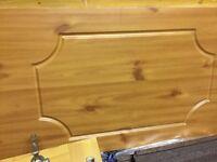 Wicked pine effect bath panel