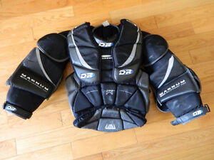 Sr Small DR Magnum goalie chest protector