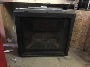 Marquis Fireplace 20,000Btu 4000$ with venting and appliances