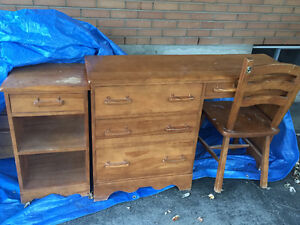 SOLID WOOD 9 DRAWER DRESSER+MIRROR, DESK, NIGHTSTAND, AND CHAIR