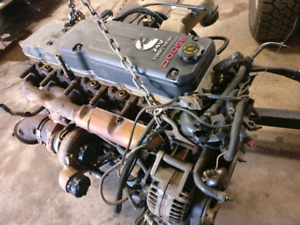 CUMMINS 5.9L 325hp turbo diesel engine