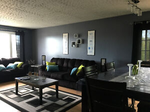 FOR RENT -FULLY FURNISHED 3 BEDROOM APARTMENT ON CORNER BROOK's
