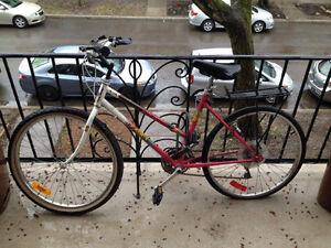 Vélo pour pièces ou réparation