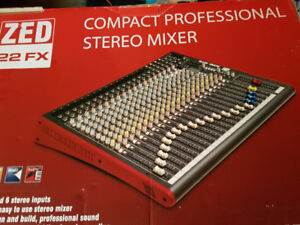 Mixer Allen & Heath ZED 22FX/ speaker Yorkville YX15P