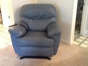 Large POWER  LIFT  CHAIR