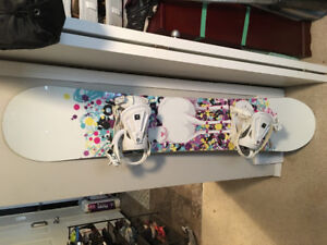 Icon Prodigy snowboard with bindings for sale - 152cm